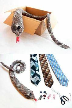 serpent-cravate