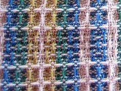 Tissage grain d'orge No 1 Dish Towels, Tea Towels, Textiles, Weaving Patterns, Tapestry Weaving, Friendship Bracelets, Hand Weaving, Recherche Google, Weave
