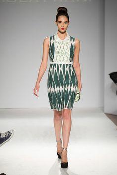 Paola Frani at Milan Fashion Week Spring 2014 - StyleBistro