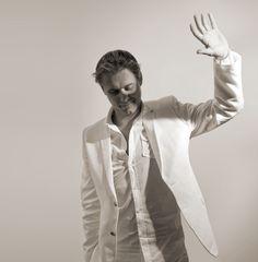 the one who takes me to Wonderland (Armin van Buuren)