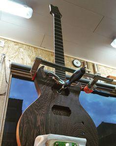 Neck glued  #electricguitar #guitar #guitarmaker #guitarmaking #guitarbuilder #guitarbuilding #wenge #wood #woodwork #workshop #woodworker #woodworking #luthier #handmade #selfmade #custom #customguitar de luthierdiary