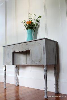 Grey Vanity (Annie Sloan Chalk Paint)