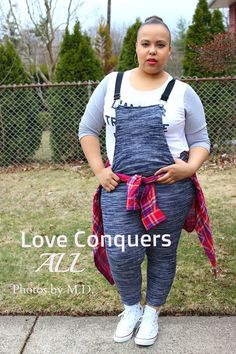 Love Conquers All. J crew linen tee. Overalls. High top converse. Casual look. Plus size fashion blogger. Curvy fashion
