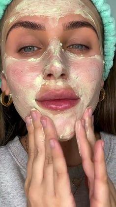 Creative Makeup, Simple Makeup, Natural Makeup, Facial Routine Skincare, Makeup Routine, Makeup Makeover, Grunge Makeup, Crazy Makeup, Aesthetic Makeup
