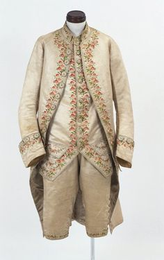 Gentleman's suit, 1760-1770, Bunka Gakuen Costume Museum via The Ornamented Being