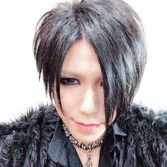 Aoi The Gazette, Visual Kei, Pretty Boys, Chokers, Photo And Video, Instagram, Jewelry, Rock, Videos