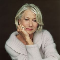 The Best Life Advice From Hollywood's Leading Ladies via Helen Mirren. Helen Mirren, Best Life Advice, Dame Helen, Haircut For Older Women, Short Bob Haircuts, Short Hairstyles, Natural Hairstyles, Ageless Beauty, Aging Gracefully