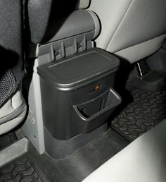 The perfect organization solution for your Jeep®! The new Rugged Ridge Back Seat Organizer features two separate storage areas to organize wayward trash, toys, drinks, iPods and other clutter.