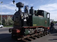 this narrow gauge engine in Berlin was build in 2009 it's a remake of the class Saxon Ik, the last exemplar has been scrapped in 1964