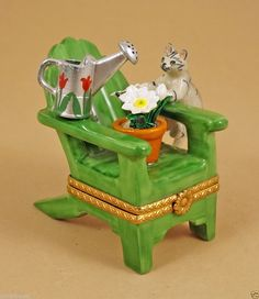 NEW FRENCH LIMOGES BOX TABBY CAT ON LAWN CHAIR W/ WATERING CAN & POTTED FLOWERS ebay.com