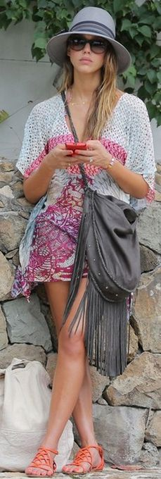 Jessica Alba: Sunglasses and shoes – Tory Burch  Dress – Missoni