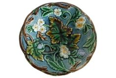 Majolica White Flowers Wall Plate