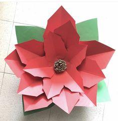 Flor de navidad Table Lamp, Paper, Home Decor, Big Flowers, Card Stock, Christmas Decor, Paper Envelopes, Lamp Table, Interior Design