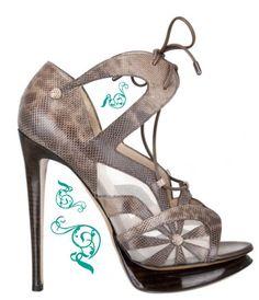 Nicholas Kirkwood Fall 2010 sandal.