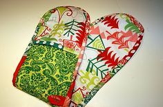 Double potholder tutorial (covers both hands & the space between, to prevent those nasty wrist burns!)