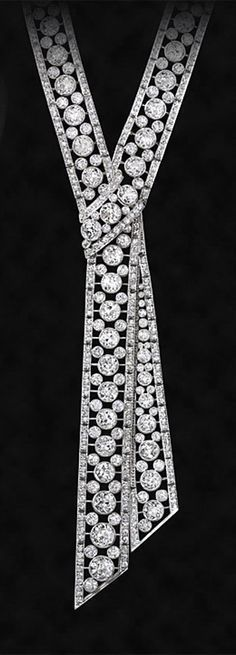 Art Deco ~ Diamond and platinum necklace, 1920s.