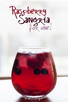 Raspberry Sangria for One:) ice raspberries blueberries white grapes 4 tsp white grape and raspberry juice concentrate 2 tsp raspberry simple syrup 1 part Barefoot red moscato 1 part Refreshing Drinks, Summer Drinks, Fun Drinks, Beverages, Liquor Drinks, Fun Cocktails, Non Alcoholic Drinks, Cocktail Drinks, Fresco