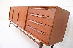 die besten 25 sideboard gebraucht ideen auf pinterest europaletten gebraucht gebrauchte. Black Bedroom Furniture Sets. Home Design Ideas