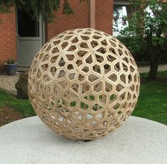 Wooden Lampshade, Wood Lamps, Roof Design, Ceiling Design, Geodesic Sphere, Dome Structure, Dome Greenhouse, Geometric Construction, Roof Shapes