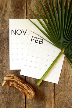 Here's a curated list of 18 free printable 2018 calendars to kick start the new year. A printable monthly calendar is perfect for making to-do lists,jotting down your resolutions, adding reminders or just organizing your life. Find all kind of designs from minimal and modern to portrait and landscape!
