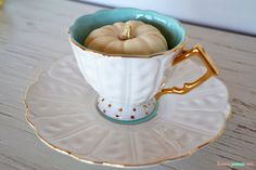teacup pumpkins {adorable fall decor}