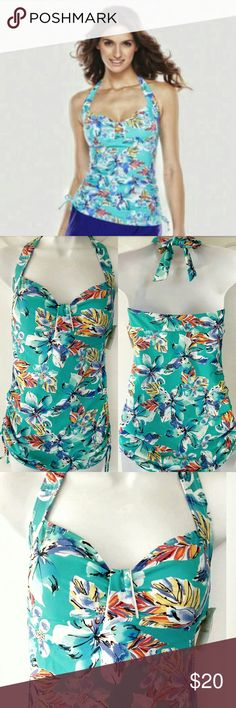 Croft & Barrow Aqua Floral Halter Tankini Top Get ready to heat up the beach with modest yet feminine halterkini top! Ruched side ties let you adjust the length to your preference. Padded cups & sweetheart bodice gives you support and curves! Halter ties behind neck.   Excellent condition! My bust grew so I only wore this a handful of times! croft & barrow Swim Bikinis