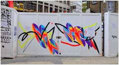 Graffiti (Shida), East London, England.