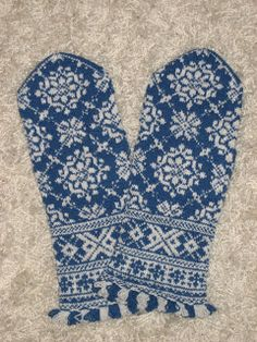 53 - District Unknown pattern by Lizbeth Upitis Lizbeth Upitis Latvian mittensLizbeth Upitis Latvian mittens Fair Isle Knitting Patterns, Knitting Charts, Knitting Socks, Knitting Designs, Knitting Projects, Hand Knitting, Knitting Tutorials, Hat Patterns, Loom Knitting