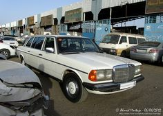 Mercedes-Benz 250E LWB Factory Stretched Limousine (W123) | Flickr - Photo Sharing!
