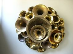Recycled musical instruments into sculpture