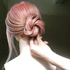 Simple but pretty bun tutorial – bun hairstyles Easy Hairstyles For Long Hair, Creative Hairstyles, Bun Hairstyles, Hairstyles Videos, Updo Hairstyle, Wedding Hairstyles, Medium Hair Styles, Short Hair Styles, Hair Upstyles