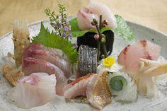 刺身盛り合わせ Assorted Sashimi - Yellowtail, Red Sapper, Squid