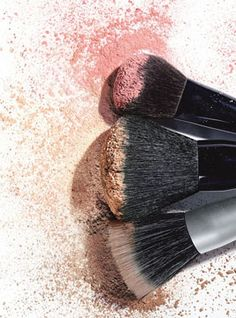 How to Clean Makeup Brushes - BubzBeauty