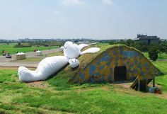 Daydreaming Bunny Sculptures - The Massive Moon Rabbit Sculpture Depicts the Bunny Daydreaming (GALLERY)