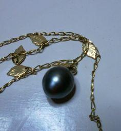 Perla nera tahiti autentica -ovale - col. grigio diam max 13mm - attacco in oro
