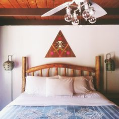 The lights on the fan are so groovy. Interior And Exterior, Interior Design, College Room, Bedroom Styles, Humble Abode, Bed Frame, Modern Design, Decoration, Triangle Art