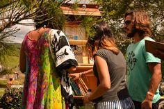 bicicleta-livraria Pé de Letra vivendo a poesia na rua com os livros artesanais cartoneros