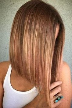 50 Medium Bob Hairstyles for Women Over 40 in 2019 Bob hairstyles are always cute but there are too many choices. If you want to change your look or if you want to change your vest completely there is . Bob Hairstyles For Fine Hair, Long Bob Haircuts, Medium Bob Hairstyles, Short Hairstyles For Women, Hairstyles Haircuts, Wedding Hairstyles, Pretty Hairstyles, Hairstyles For Over 40, Bob Hairstyles How To Style
