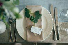 New Diy Wedding Seating Cards Place Settings Bridal Shower Ideas Wedding Place Names, Wedding Name Cards, Card Table Wedding, Wedding Plates, Wedding Seating, Diy Wedding, Wedding Flowers, Trendy Wedding, Handmade Wedding