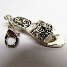 Silver Tone Sandal charm clip / charm for bracelet / zipper charm / Key-chain by VINTAGEandMOREshop on Etsy https://www.etsy.com/listing/232133777/silver-tone-sandal-charm-clip-charm-for