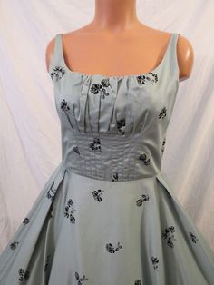 Odille retro party dress with full circle skirt sz 8 #anthropologie SOLD! $43