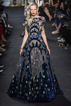 Défilé Elie Saab Haute Couture automne-hiver 2016-2017 7