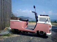 Scooter or VW camper? Vw Camper, Volkswagen Bus, Vw T1, Campers, Vw Vanagon, Motos Vintage, Vw Vintage, Vintage Moped, Vintage Travel