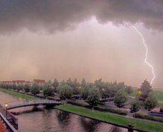 Fotograaf: @louisijsselstein #nederlandseluchten #dutchsky