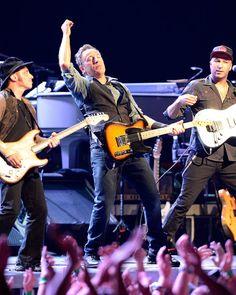 Bruce Springsteen Photo - Bruce Springsteen Performs in Australia