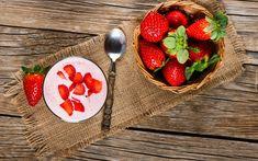 Owoce, Truskawki, Jogurt, Łyżeczka, Serweta, Deski