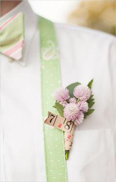 sewing inspired boutonniere | green and pink wedding ideas | outdoor wedding | #weddingchicks