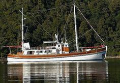 """Galerna 1973 88'6""""x22'6""""x11'. What a magnificent yacht. Canoe stern, raised deck-house, sailing/trolling rig. Love it"""