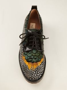 Oxfords or brogues? 6 variations of fashionable shoes for every day- Оксфорды или броги? Feather Oxfords by Valentino - Valentino Garavani, Valentino Couture, Valentino Women, Crazy Shoes, Me Too Shoes, Sock Shoes, Shoe Boots, Men Boots, Flat Shoes