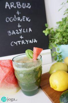 Najlepsze przepisy na koktajle i smoothie z polskich blogów kulinarnych. 10 różnych pomysłów na owocowe smoothie, dzięki którym rozpoczniesz zdrowo dzień.